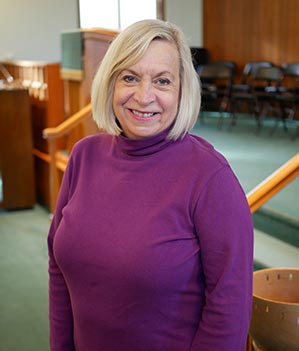 Choir Director Anne Moorman-Smith
